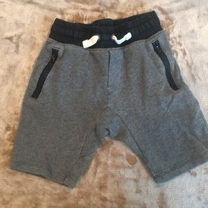 Gap black and grey sport shorts size s
